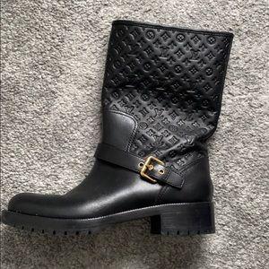 Louis Vuitton boots size 9 (39)